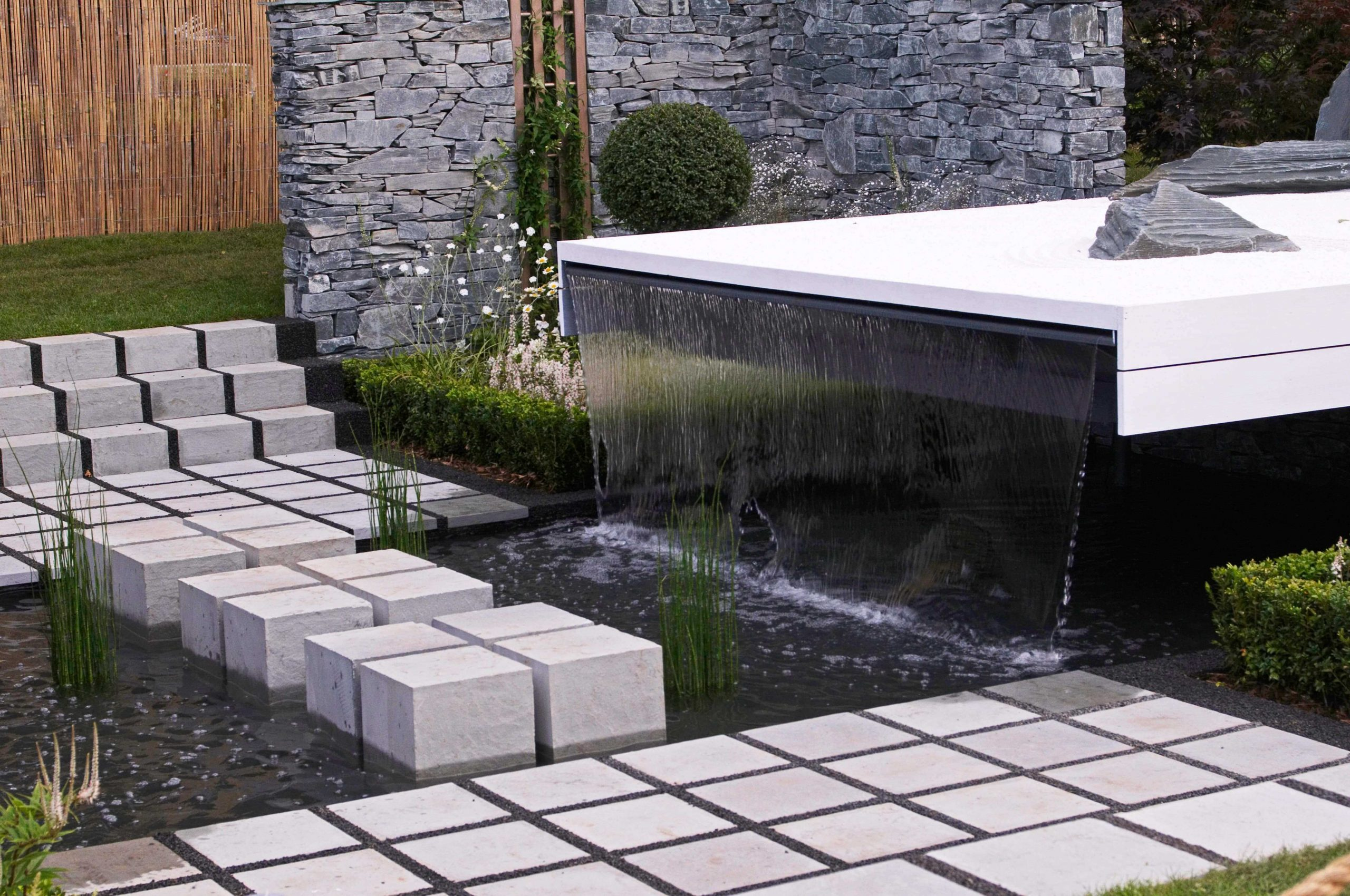 Garden Water Feature And Fountains Installation Company Hayes UB3