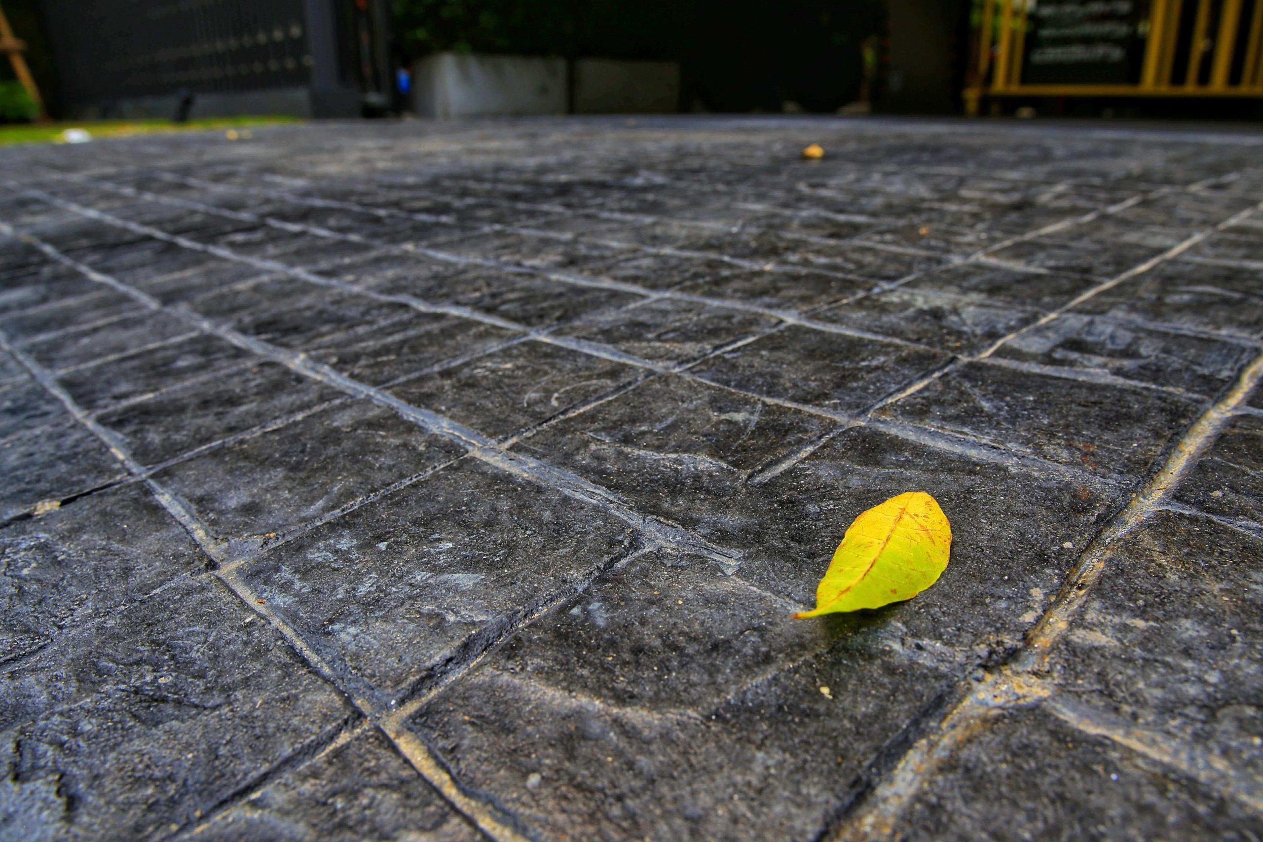 Pattern Imprinted Concrete Driveway Installation Company Hayes UB3